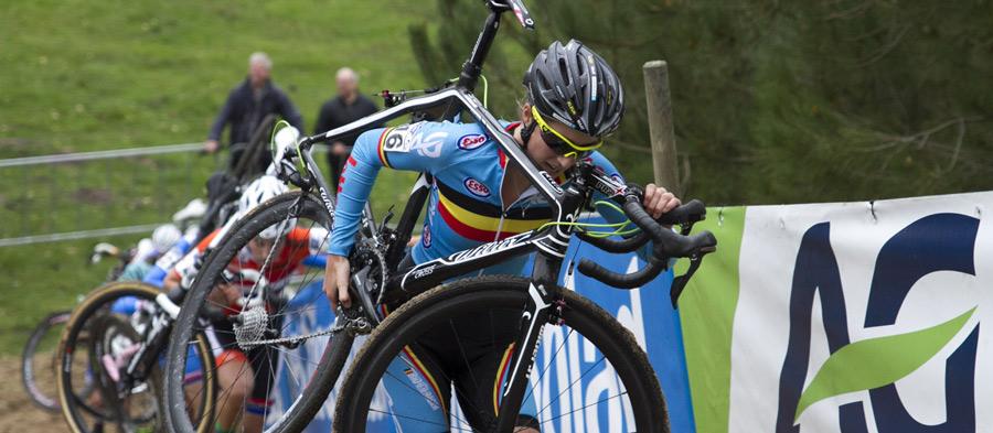 مسئولان دوچرخه سواری موتوری مخفی در میان اجزای دوچرخه یک رقابت کننده پیدا کردند