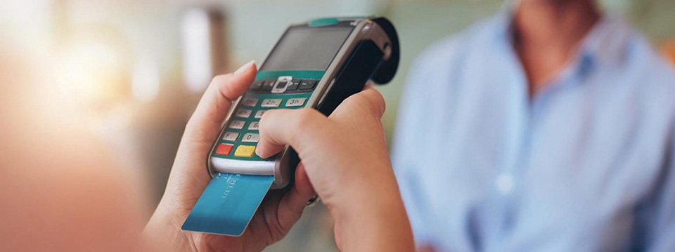 ارسال پیامک مالیاتی برای صاحبان دستگاه کارتخوان